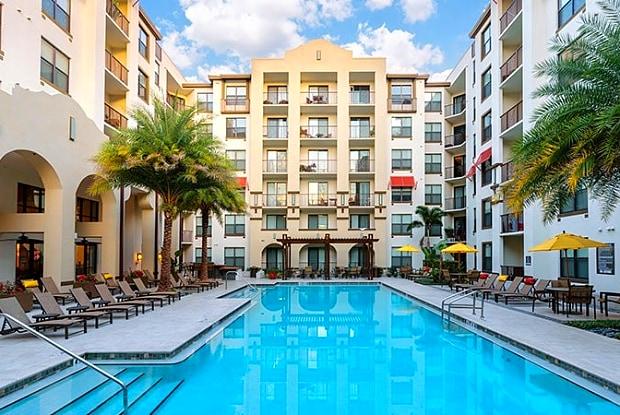 Lantower Westshore - 4504 W Spruce St, Tampa, FL 33607