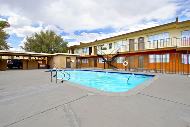 Greenville Apartments - 3820 Pennwood Ave, Las Vegas, NV 89102