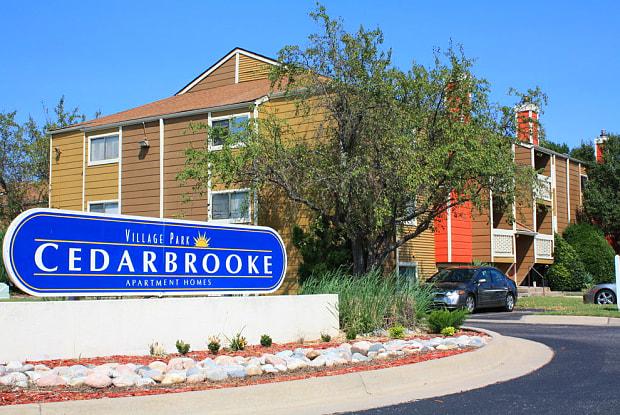 Cedarbrooke - 8406 E Harry St, Wichita, KS 67207