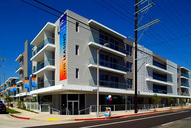 The LC - 710 N El Centro Ave, Los Angeles, CA 90038