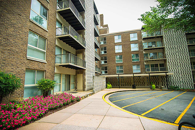 Silver Spring House - Apartments for rent