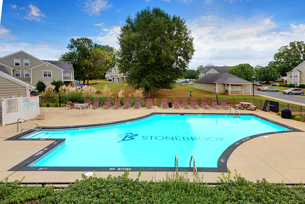 Stoney Brook Apartment Homes - 1301 E Dogwood Dr, Mebane, NC 27302
