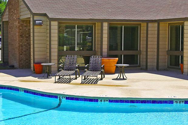 Midland Square - 2613 N Midland Dr, Midland, TX 79707