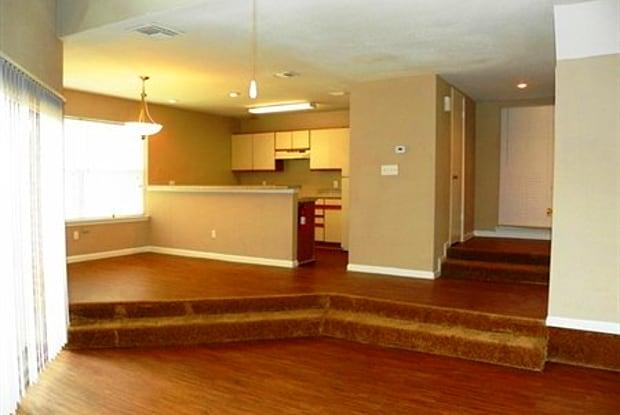 Clear Lake Falls - 15240 Old Galveston Rd, Houston, TX 77598
