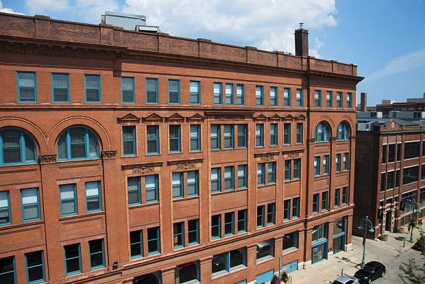 Chicago Street Lofts - 222 E Chicago St, Milwaukee, WI 53202
