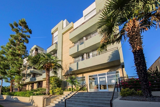 The Tower at Hollywood Hills - 1800 N Normandie Ave, Los Angeles, CA 90027