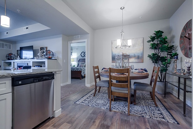 Kensington at North Pointe - 7570 W State St, Boise, ID 83714