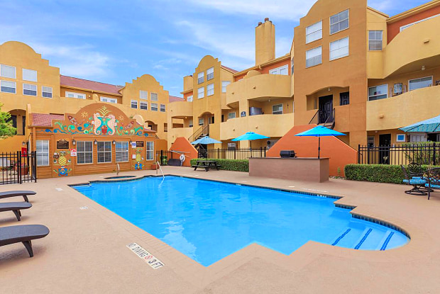 Seaside Village - 4925 Fort Crockett Blvd, Galveston, TX 77551