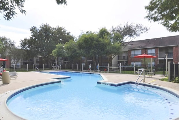 Harbor Walk - 2750 FM-518, League City, TX 77573