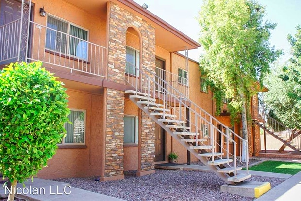 Mesa Ridge - 650 S Country Club Dr, Mesa, AZ 85210