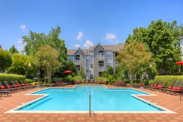 The Pointe at Crabtree - 4800 Waterford Point Dr, Raleigh, NC 27612