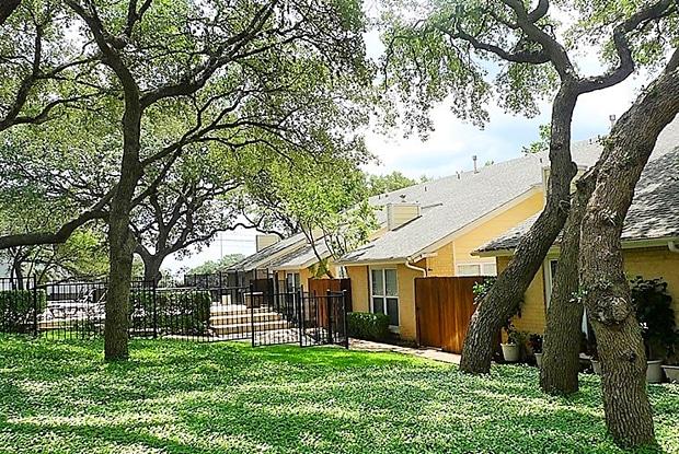 Arbor at Tallwood - 8810 Tallwood Dr, Austin, TX 78759