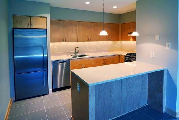 Greenway Village Apartments - 1568 Eustis St, St. Paul, MN 55108