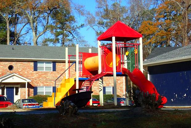 Azalea Park - 1814 Fayetteville Dr, Augusta, GA 30904