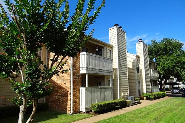 Ridgeway Village - 100 E Ridgeway Dr, Midlothian, TX 76065