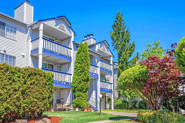 Garden Pointe - 130 SW 112th St, Seattle, WA 98146