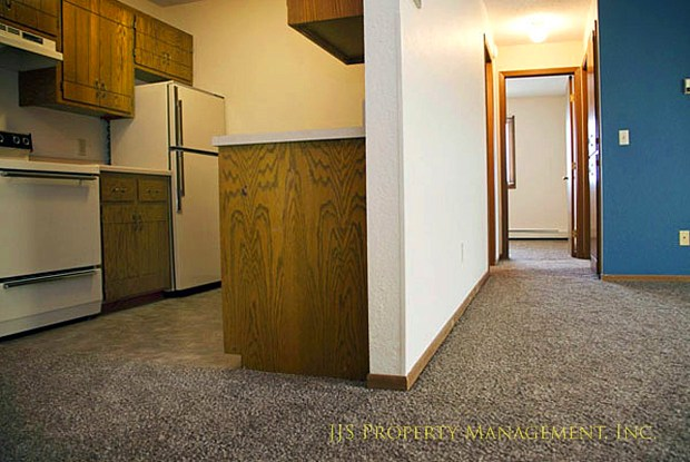 Oakshire Apartments - 401 14th Ave SE, St. Cloud, MN 56304