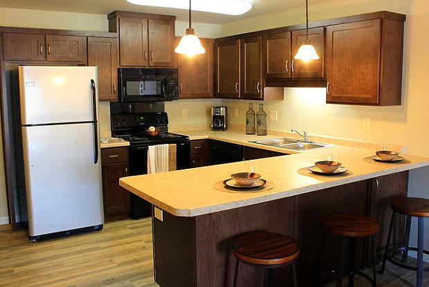 Renaissance Heights - 4801 11th Ave W, Williston, ND 58801