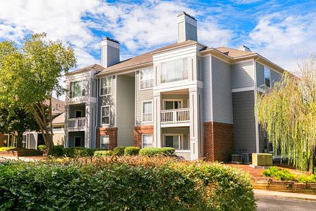 Concord Apartments - 3920 Knickerbocker Pkwy, Raleigh, NC 27612