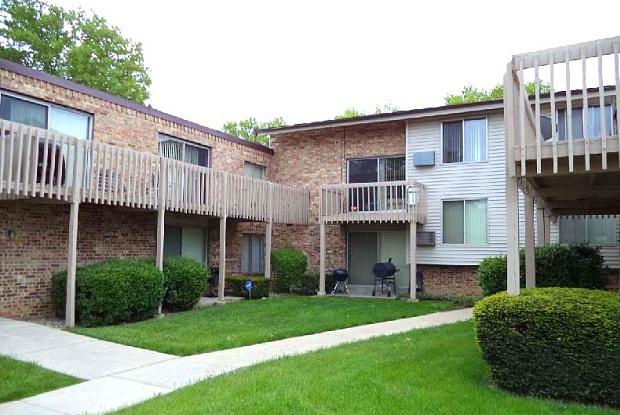 Fairmount Meadows - 5010 N 91st St, Milwaukee, WI 53225