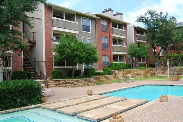Bridge Hollow - 5801 Bridge St, Fort Worth, TX 76112