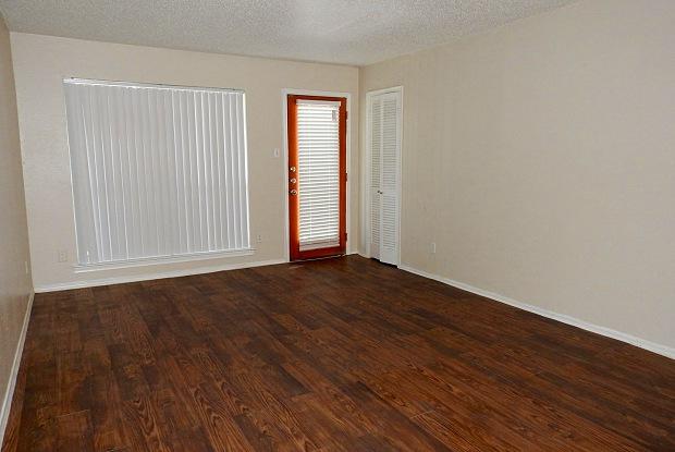 Fairfax - 6201 Bordeaux Ave, Dallas, TX 75209