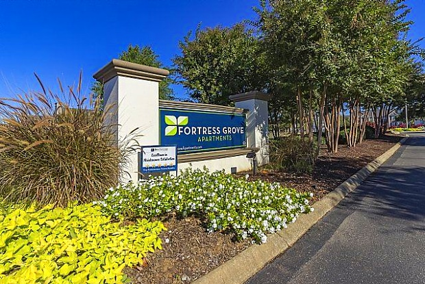 Fortress Grove - 3920 Puckett Creek Xing, Murfreesboro, TN 37128