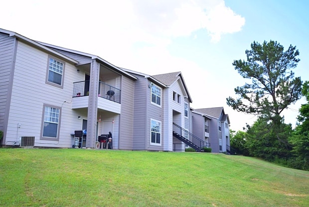 Dogwood Terrace - 1501 S Magnolia Terrace, Woodville, TX 75789