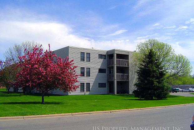 Driftwood Apartments - 820 Driftwood Dr, St. Cloud, MN 56303