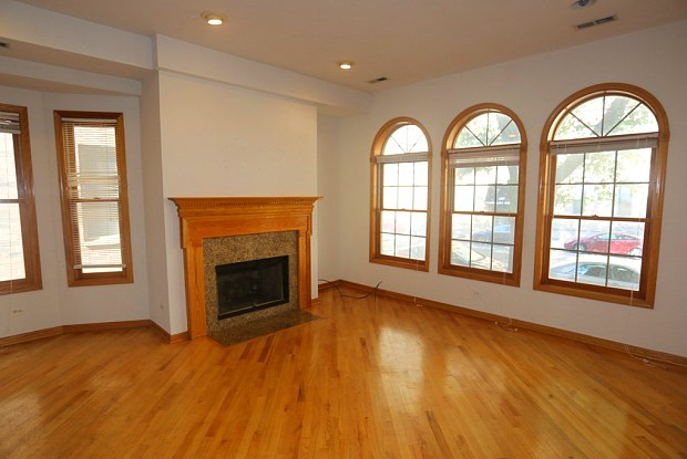 2440 N Southport - 2440 North Southport Avenue, Chicago, IL 60614