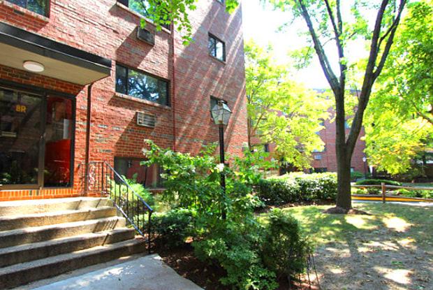 Riverside Street - 20 Riverside Street, Watertown Town, MA 02472