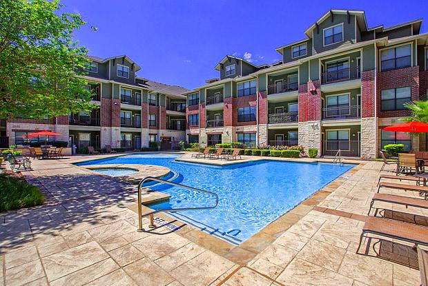 Legends Lakeline - 9725 N Lake Creek Pkwy, Austin, TX 78717