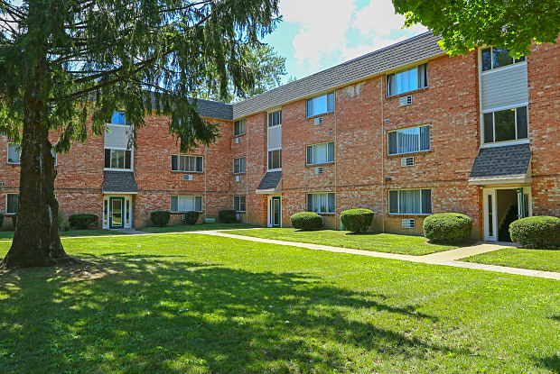Mill Creek Village Apartments - 255 E Lincoln Hwy, Penndel, PA 19047