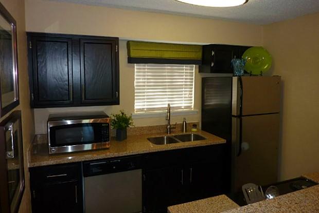La Esperanza - 3830 University Blvd S, Jacksonville, FL 32216