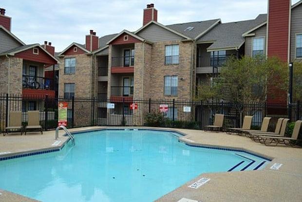 Springfield Crossing - 1801 W Arkansas Ln, Arlington, TX 76013