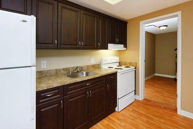 Lexford Apt Homes At Hobe Sound - 7967 SE Courtney Ter, Hobe Sound, FL 33455