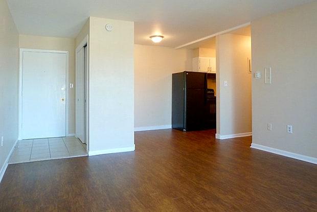 Tailwind Apartments - 2345 North Emporia Street, Aurora, CO 80010