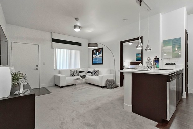 Dream - 1005 Wigwam Pkwy, Henderson, NV 89074