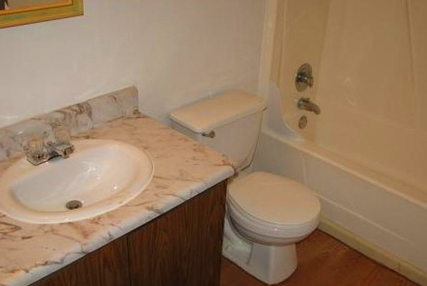 Lakewood Apartments - 1651 Lake Meadow Cir S, Brandon, FL 33510