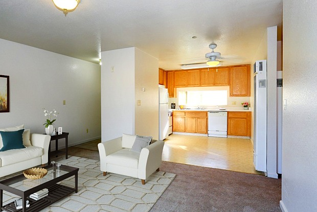 Briarwood Apartments - 3819 East Ave, Livermore, CA 94550