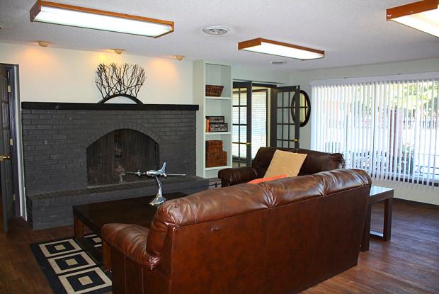 Magnolia Woods - 3625 W 13th St N, Wichita, KS 67203