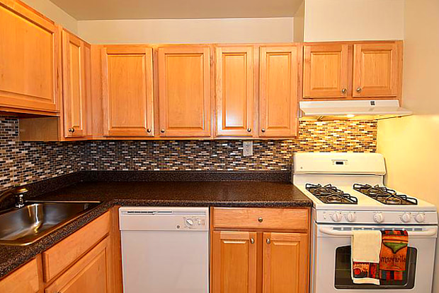 Briarwood Place - 8800 Hunting Ln, South Laurel, MD 20708