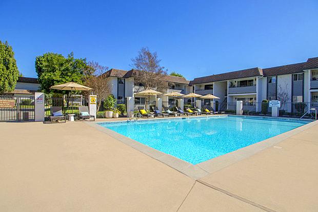 Grand Terrace - 440 W Gladstone St, Glendora, CA 91740
