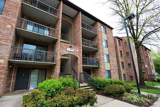 Montgomery Paint Branch - 11542 February Cir, Silver Spring, MD 20904