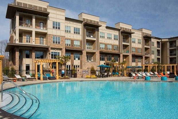 Vue 64 Apartments - 1570 Atria Circle, Raleigh, NC 27604