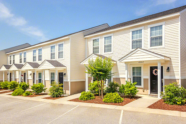 Townhomes at Sanctuary - 6201 Key West Dr, Augusta, GA 30909