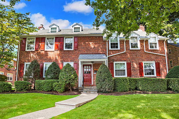 Carlton Park - 2920 Midvale Ave, Philadelphia, PA 19129