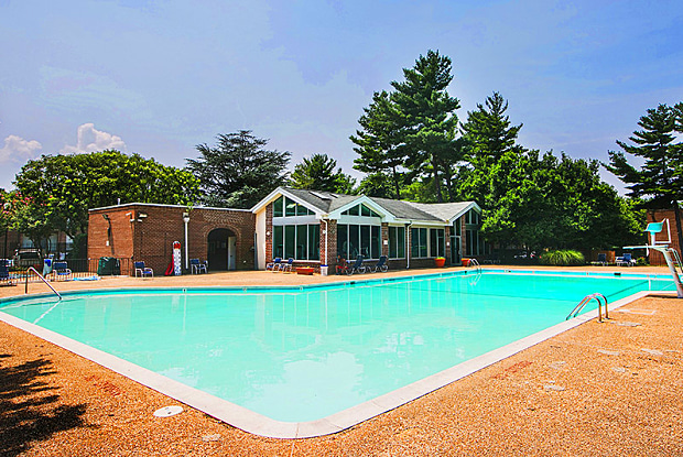 Reisterstown Square - 6609 Eberle Dr, Baltimore, MD 21215