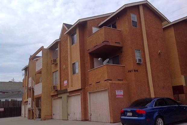 Uptown Villas Apts - 606 27th St, San Diego, CA 92102