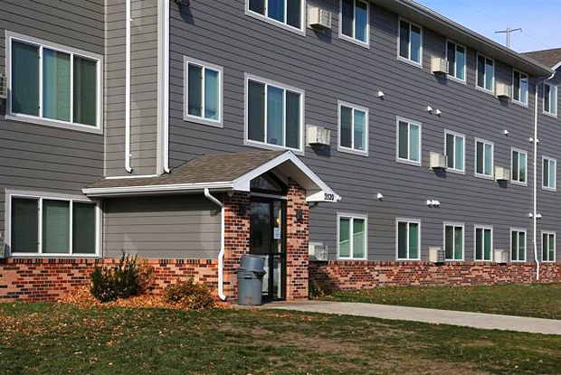Horizon Place - 3420 North 4th Street, Sioux Falls, SD 57104